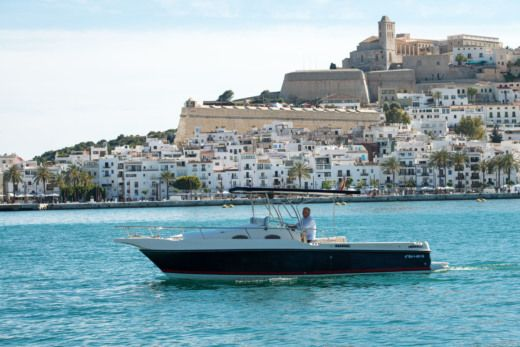Real Yacht Harpoon 255 en Ibiza