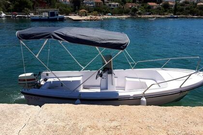 Rental Motorboat VEN 501 Open Hvar