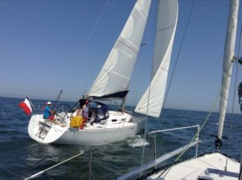 Charter Sailboat Beneteau First 36.7 Courseulles-sur-Mer