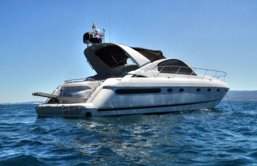 Motorboat Fairline Targa 48