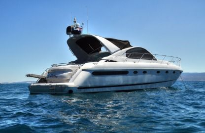 Verhuur Motorboot Fairline Targa 48 Podstrana