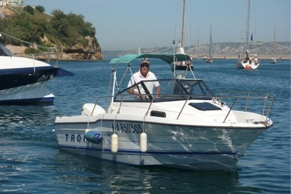 Rental Motorboat BAYLINER TROPHY Marseille
