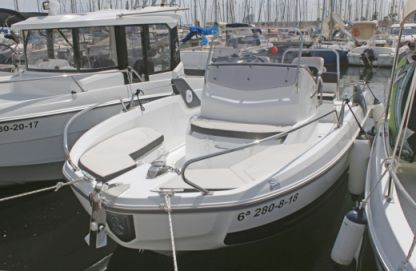 "Charter Motorboat Beneteau Flyer 6.6 Spacedeck ""llobarro"" Barcelona"