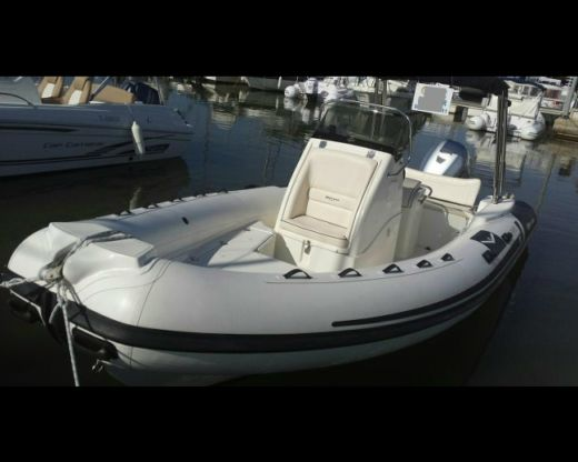 Gommone Mar Sea Confort 120 A 150Ch da noleggiare