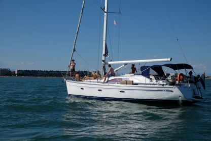 Rental Sailboat Bavaria Yachts Bavaria 40 Vision Caorle