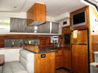 Motorboat Sea Ray Yatch 405