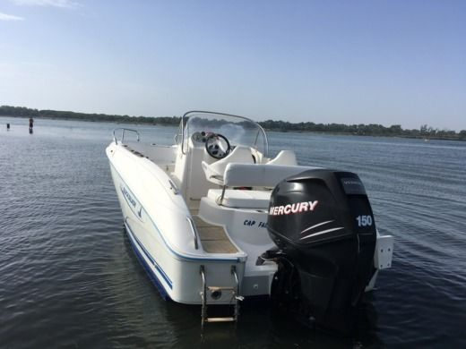 Motorboat Quicksilver Open 6 M