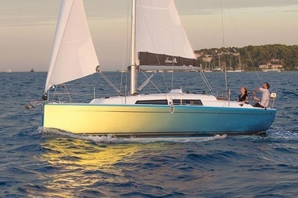 Hire Sailboat HANSE 315 Biograd na Moru