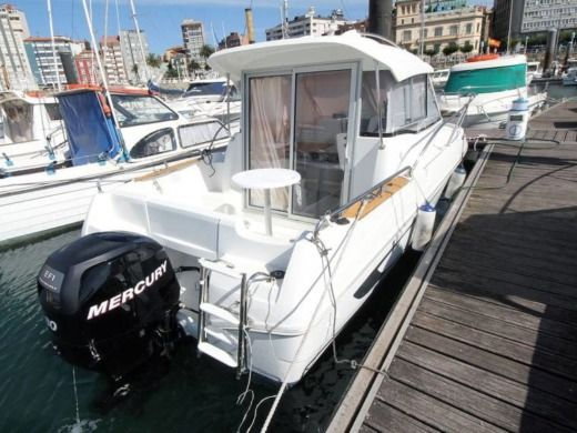 Beneteau Antares 580 in Cavalaire-sur-Mer for hire