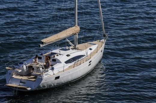 Charter Sailboat Elan 45 Impression Split