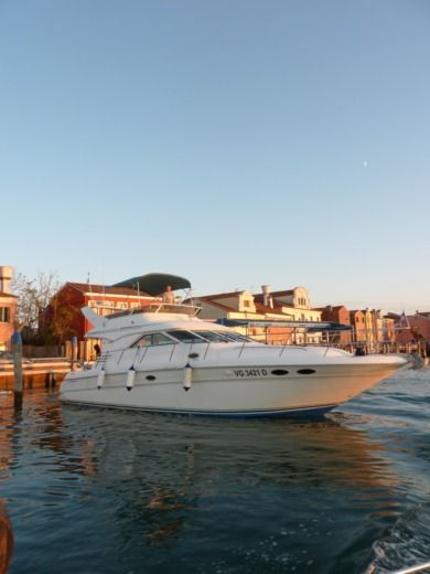 SEA RAY 400 Seda Bridge a Chioggia tra privati