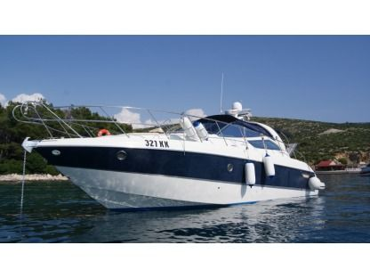 Rental Motorboat Cranchi 43 Ips Punat
