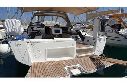 Charter Sailboat Dufour Dufour 390 Grand Large Rogoznica