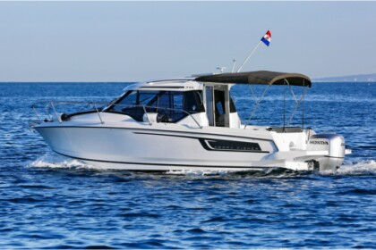 Hire Motorboat  Merry Fisher 795 Medulin