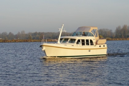 Hire Motorboat Linssen Grand Sturdy 33.9 Sneek