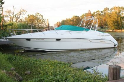 Rental Motorboat Regal Commodore 3060 Venice