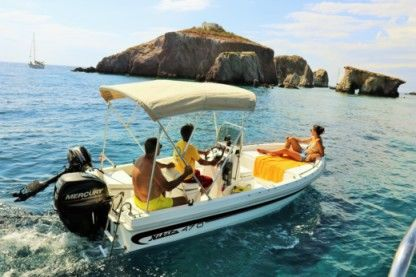 Rental Motorboat Nikita Searover 470 Paros