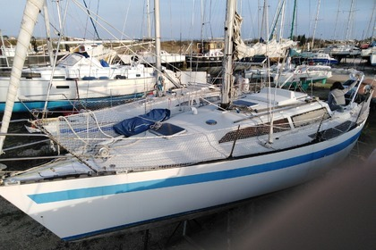 Rental Sailboat NEPTUNE 94 Hyères