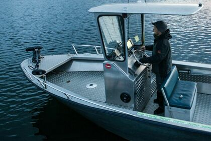 Hire Motorboat Sjöjeep 640 Special fishing edition Stockholm