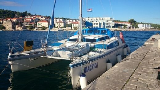 Catamarano Amateur RAFAHX28 tra privati
