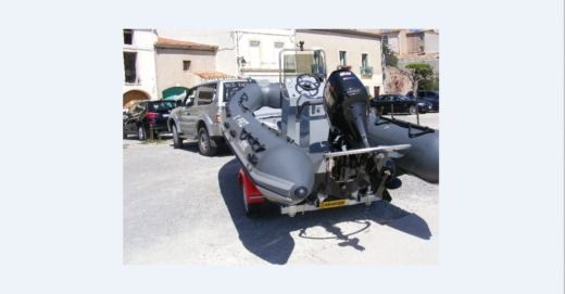 3D TENDER XPRO  535 in Mèze for hire