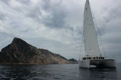 Location Catamaran Lagoon 450 Olbia