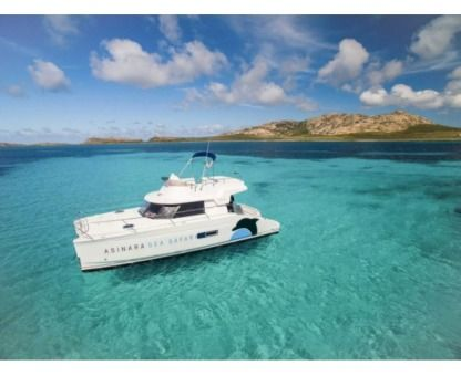 Charter Catamaran Highland 35 Stintino