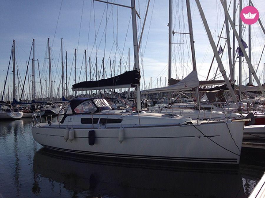 Sailboat Jeanneau Sun Odyssey 33i Performance 9 96m