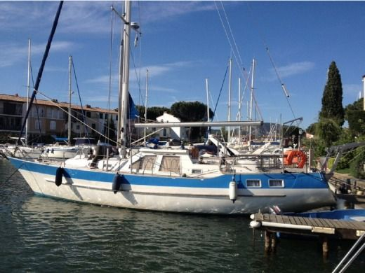 Charter Sailboat Wauquiez Ms45 Sète