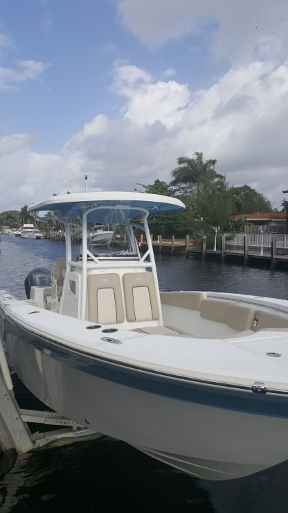 Rental Motorboat Sea Fox Central 29 Pompano Beach