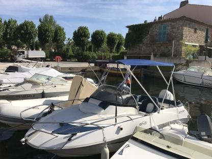 Rental Motorboat Galia 520 Open Grimaud