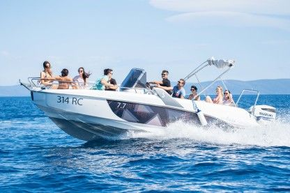 Rental Motorboat Beneteau Flyer 7,7 Spacedeck Rabac