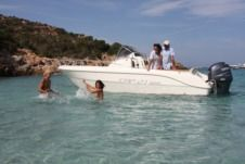 Rental motorboat in Begur