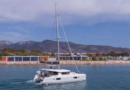 Rental catamaran in Lefkada