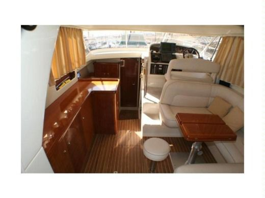 Motorboat ACM EXCELLENCE 38 for hire