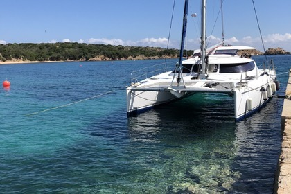 Hire Catamaran FOUNTAINE PAJOT LAVEZZI 40 La Maddalena