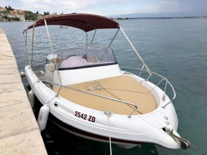 Charter Motorboat Atlantic 570 Preko