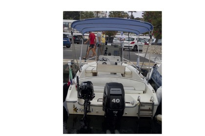 Rental Motorboat CAPELLI Cap 500 Juan-les-Pins