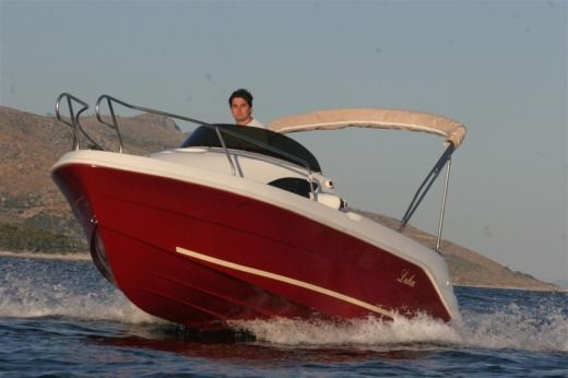 Motorboat Sport Mare Luka for hire