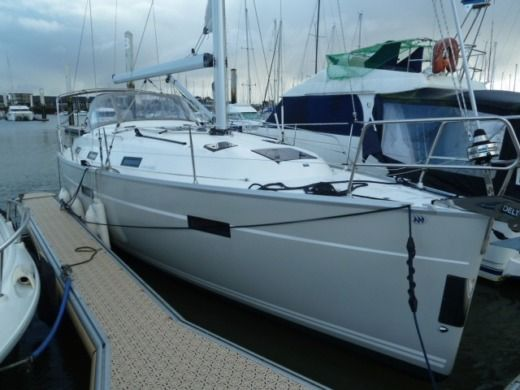 Sailboat Bavaria Avantgarde 36 Pieds for hire