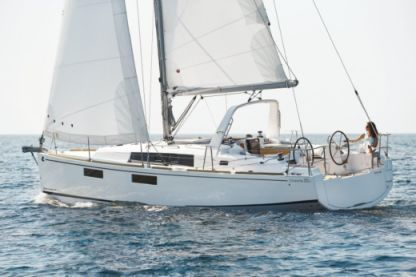 Charter Sailboat Beneteau Oceanis 35.1 Palermo