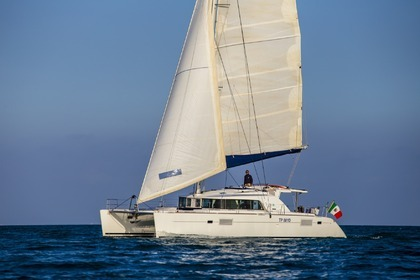 Charter Catamaran LAGOON 440 Gallipoli