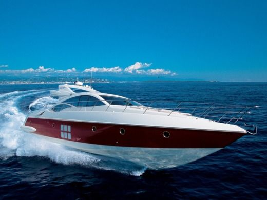 AZIMUT 68S a Ibiza, Balearic Islands tra privati