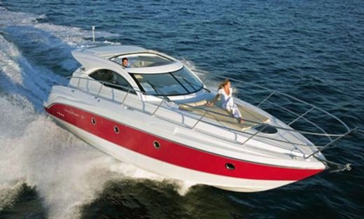 Motorboat Beneteau Montecarlo 37 Ht for hire