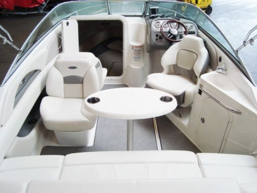 Motorboat CHAPARRAL Ssi215 - Bingo peer-to-peer