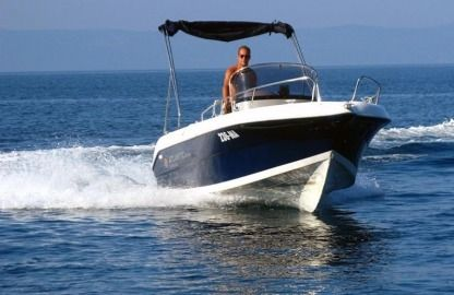 Rental Motorboat Atlantic Marine 550 Makarska