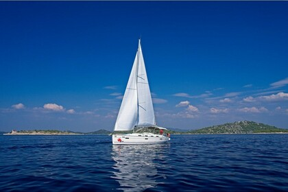 Hire Sailboat Bavaria 40 CN Murter