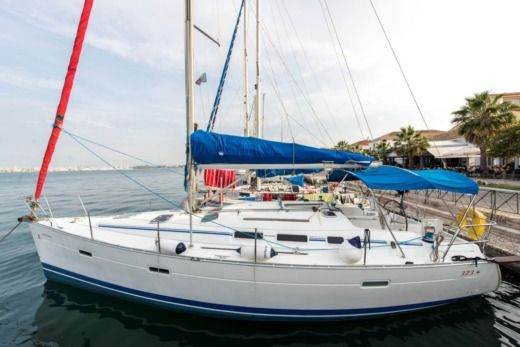 Charter sailboat in Preveza peer-to-peer