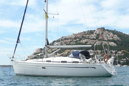 Rental Sailboat BAVARIA 37 CRUISER Gigiona San Vincenzo