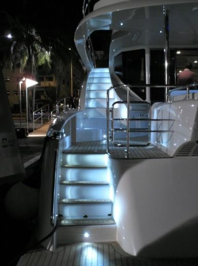 Motorboat Mattia Vg 62 Ft for hire